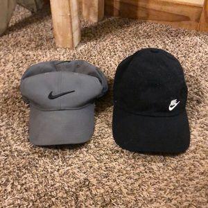 Bundle of Nike hats